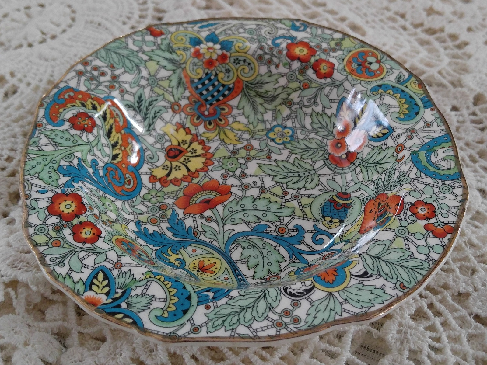 Alfred Meakin, 1940s, Marquis-Shaped, Art Deco, Paisley Chintz Pin Dish