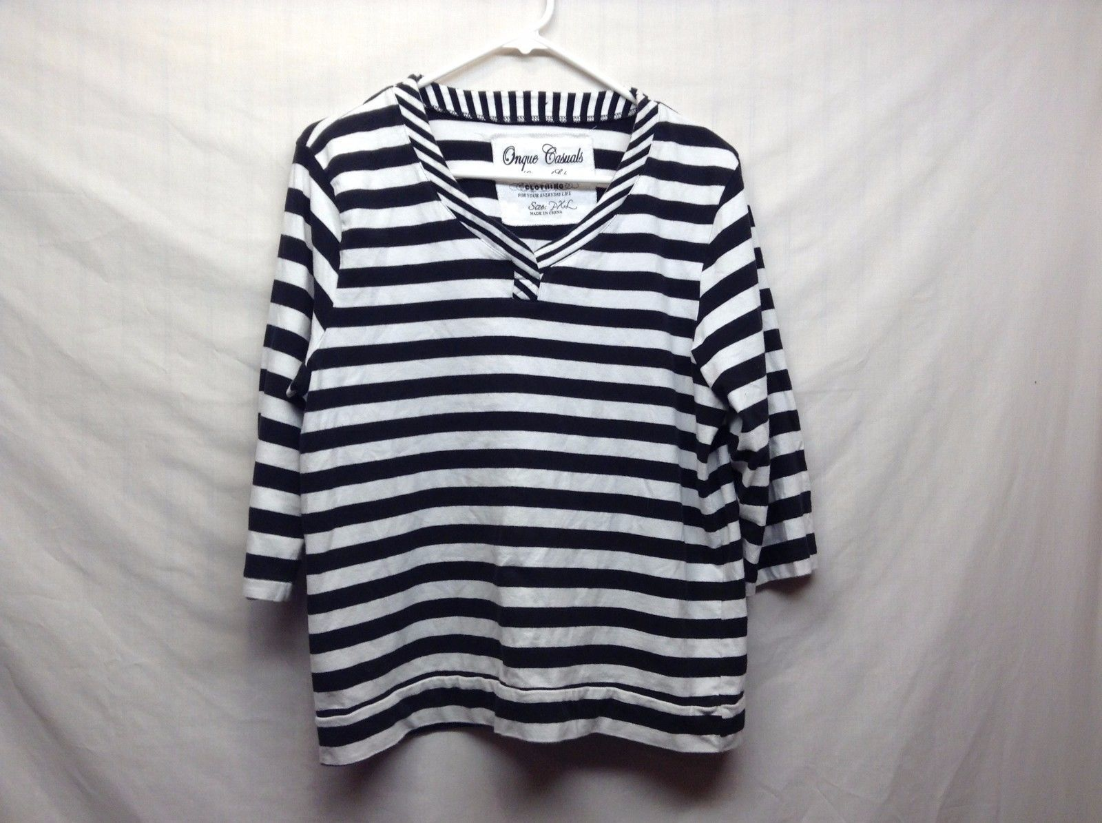 Onque Casuals Black White Horizontally Striped V Neck Shirt Sz PXL