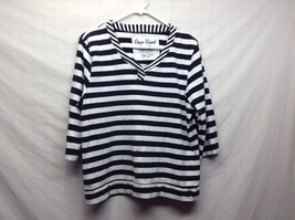 Onque Casuals Black White Horizontally Striped V Neck Shirt Sz PXL