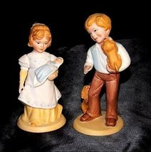 Boy and Girl Figurines (Avon) 1981 AA18 - 1183  Pair ofVintage image 4