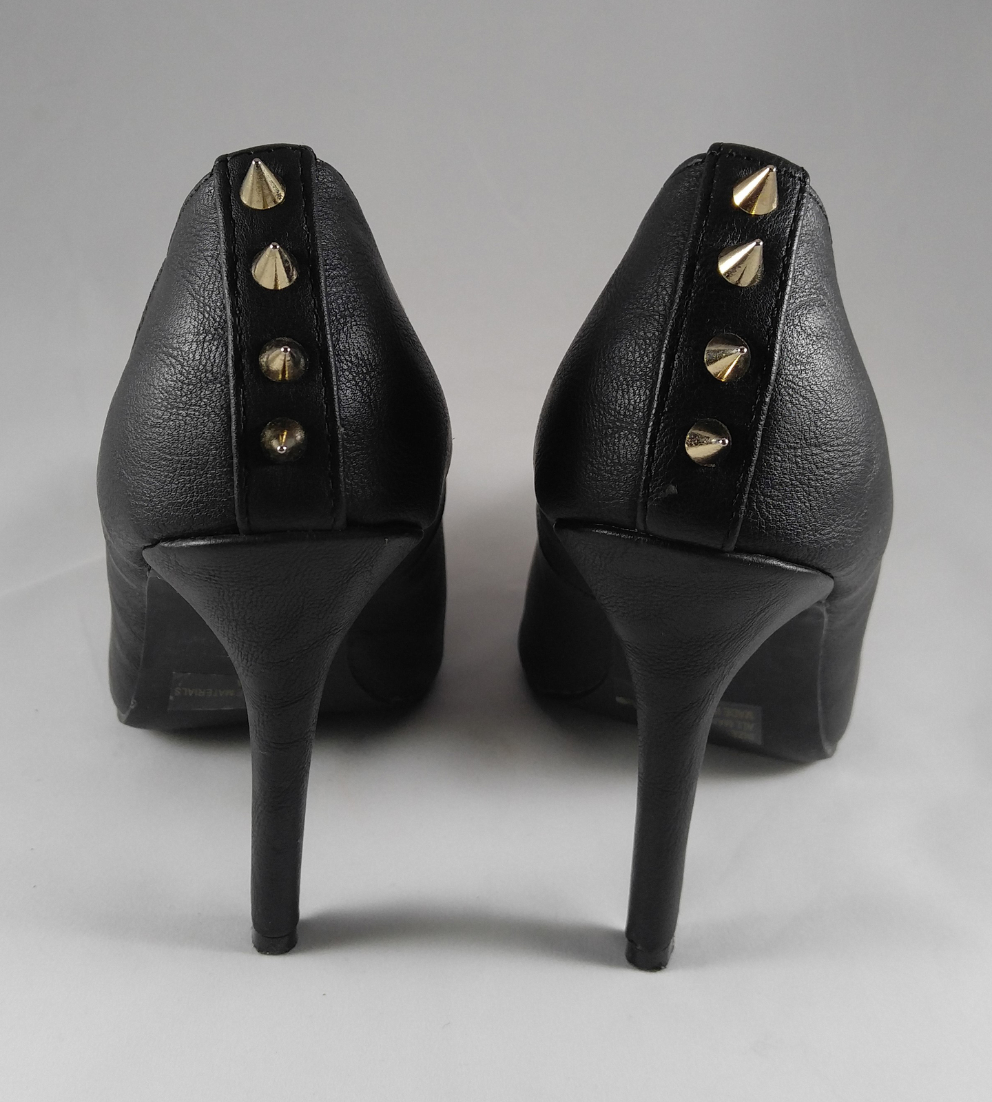 Charlotte Russe Women's Black Spiked Studded Spikes Heels Gold-Toned Toes Size 6
