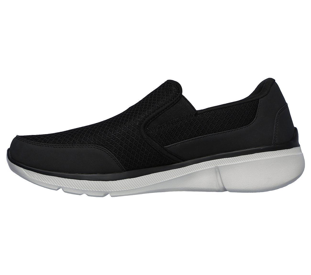 Skechers shoe Men Slip On Extra Wide Black Memory Foam Comfort Casual Soft 52984
