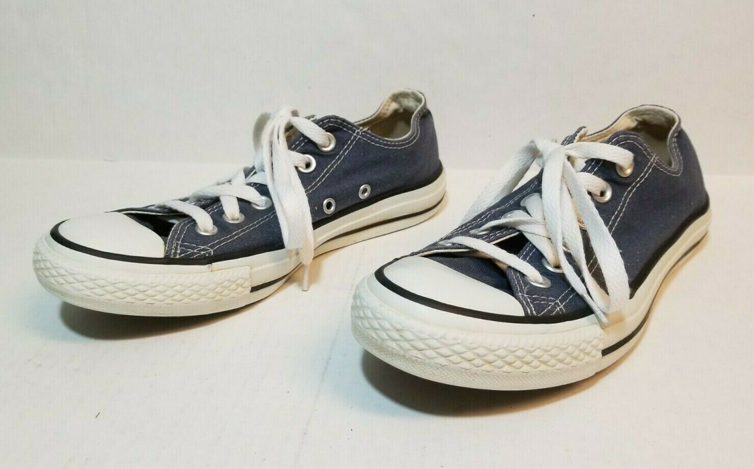 Primary image for Converse Chuck Taylor All Star Blue Low Top Sneakers Shoes Women Size 7 Men 5