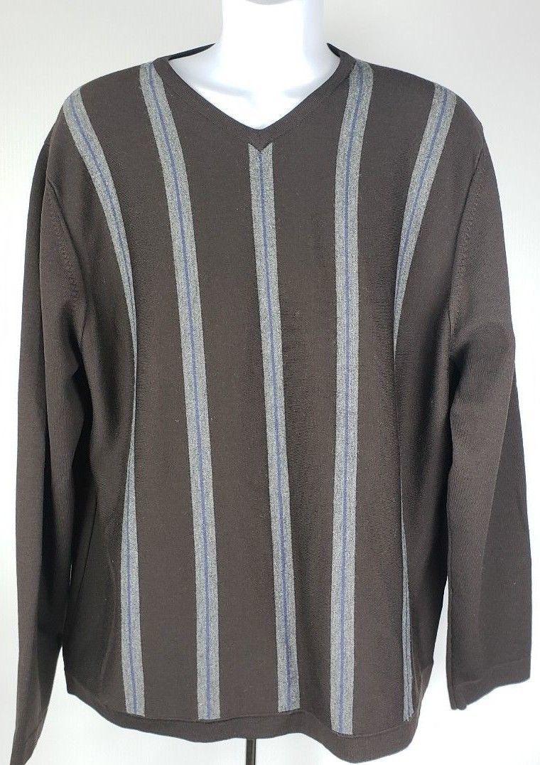 Banana Republic Men/'s Navy Striped Merino Wool V-Neck Sweater Size S