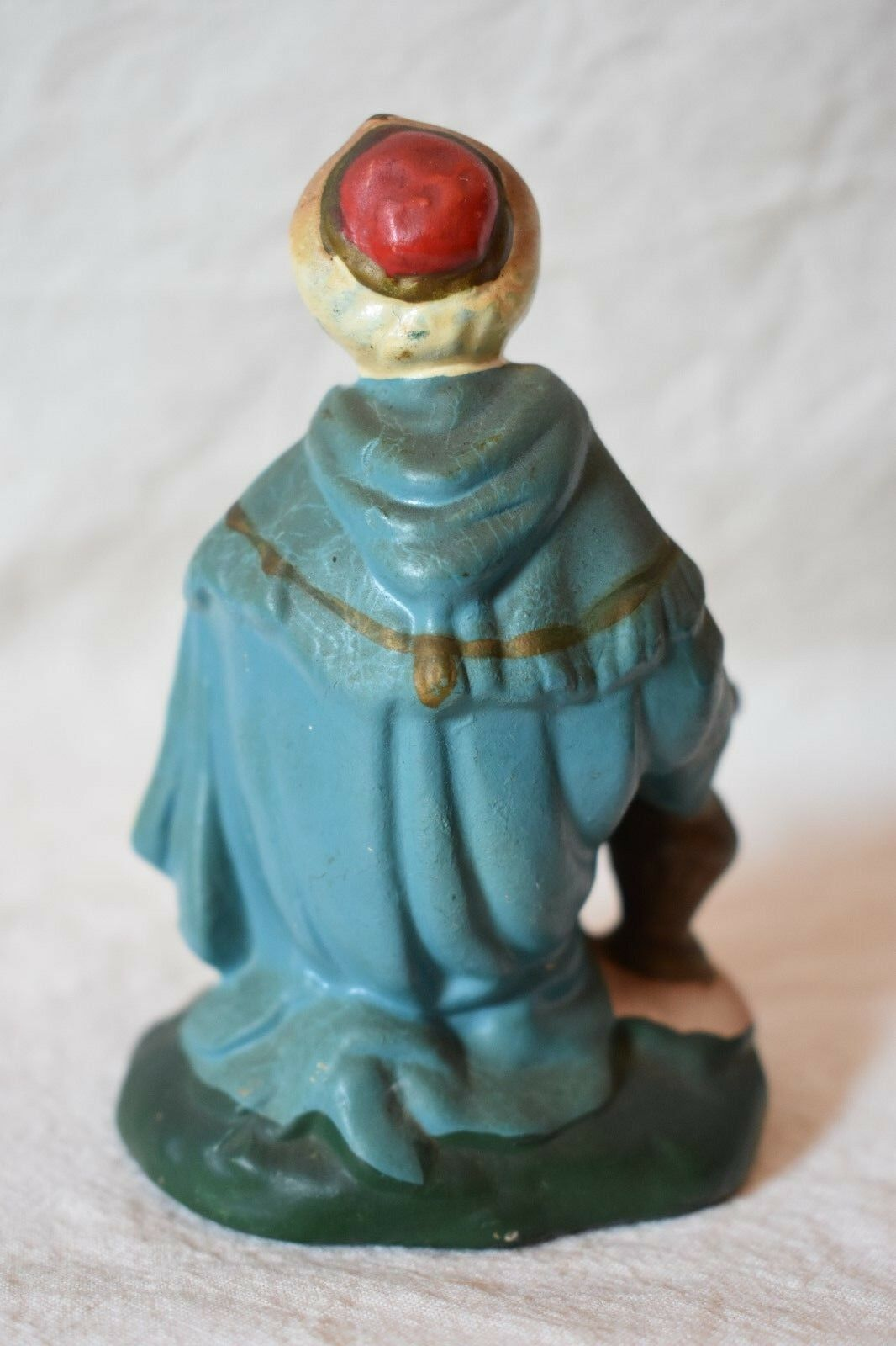 Middle Eastern Man Figurine Made in Japan beard headwrap urn almost 4 in tall