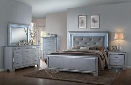Crown Mark B7100 Lillian Luxury Silver Crocodile Skin Finish Queen Bedroom 3Pcs