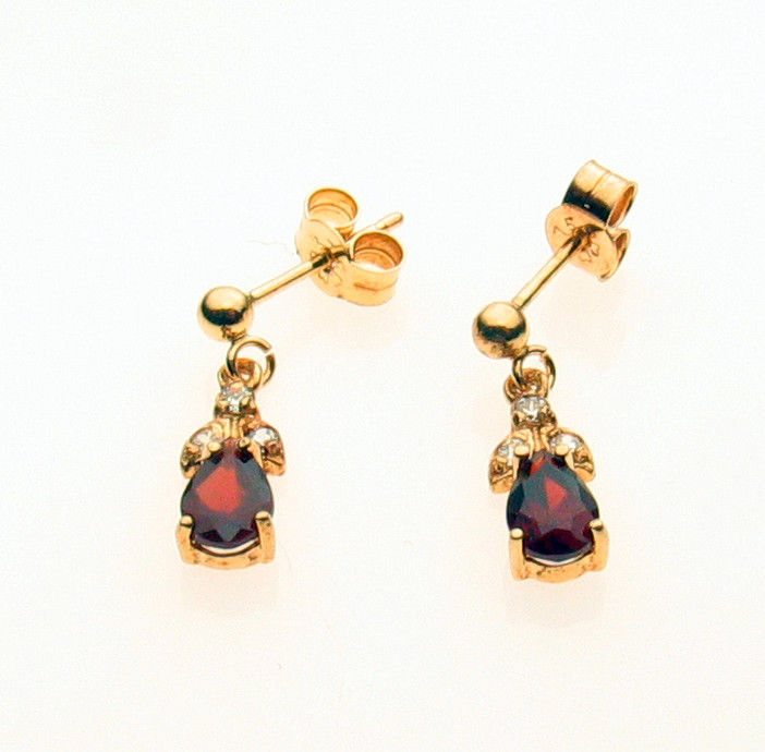 9 Carat Gold Earrings Set Pear Garnet and CZ