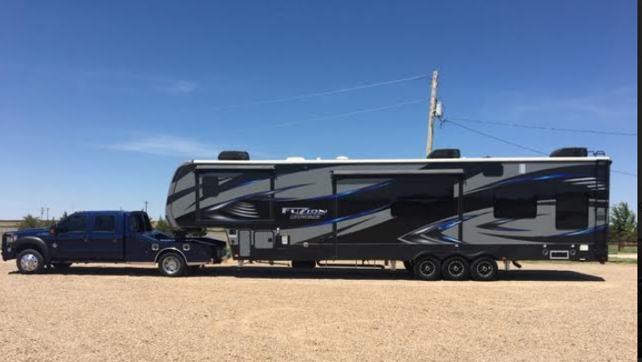 2017 Fuzion Chrome 414 Toyhauler 43 AND 2012 F550 FOR SALE IN Syracuse, Ks 67878