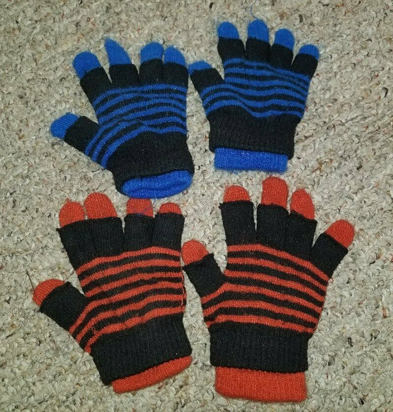 Primary image for OLD NAVY Lot of Convertible Double Layer Little Boys Gloves Fits Ages 2-8