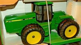 1992 Ertl John Deere 4-Wheel Drive Tractor 8760 in Box AA20-JD2081b