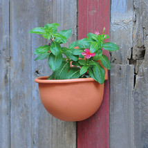 Resin Plastic Hanging Flower Pot Wall-mounted Round Flower Pot - $14.74