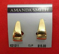 AMANDA SMITH GOLD TONE CLIP ON EARRINGS K21211 DROP JEWELRY SIGNED - $11.39