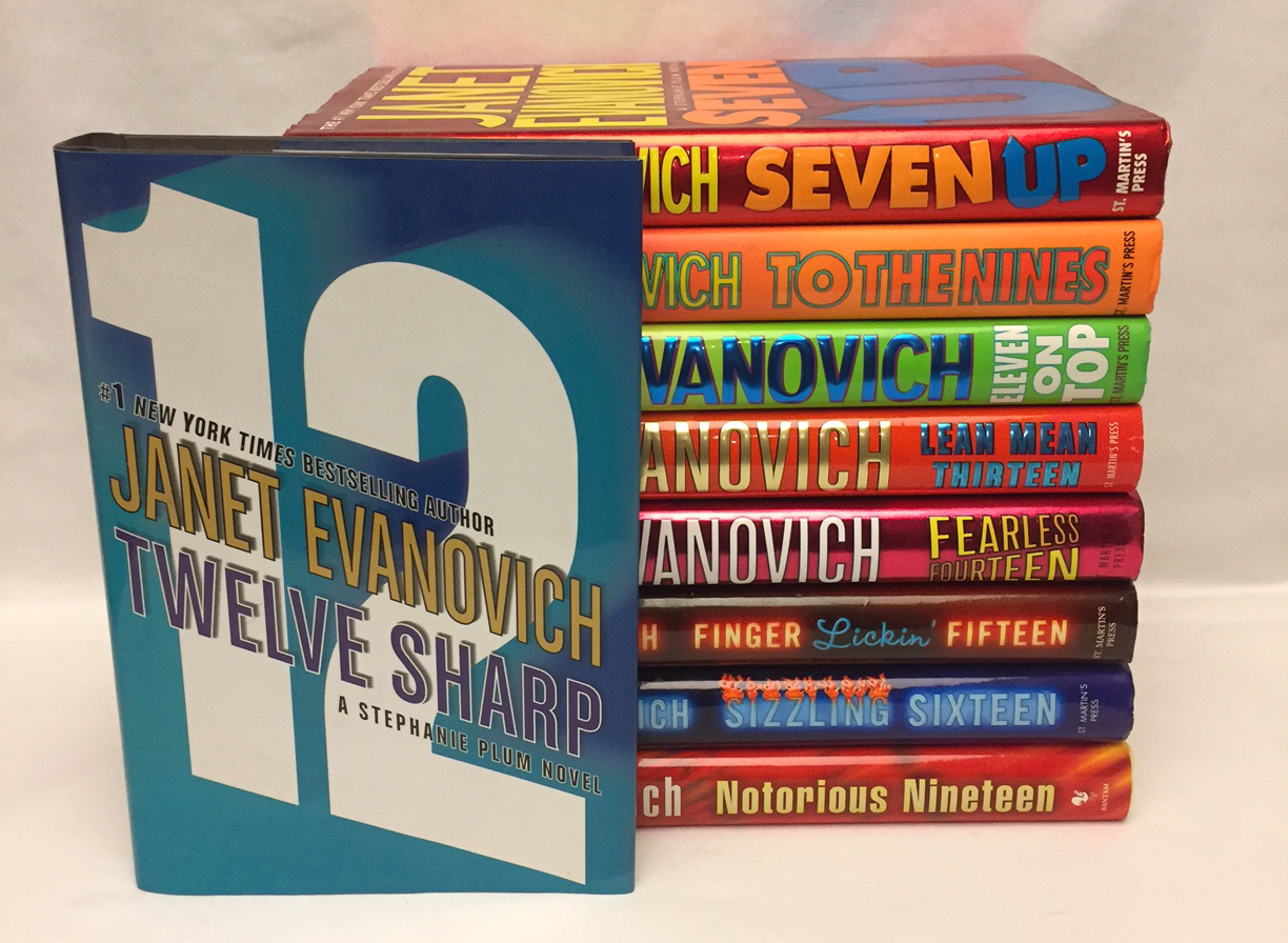 Primary image for Lot of 9 Janet Evanovich books hardcover Stephanie Plum novels