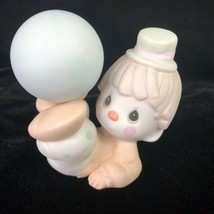 1984 Precious Moments Clown Figurine Boy Balancing Ball #12238 Enesco VI... - $9.85