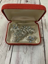 Coro Pegasus Silver Leaves With Blue Crystals Brooch And Earrings - $54.45