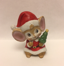 Vintage Homco Christmas mouse figurine wearing Santa Claus suit Home Int... - $4.00