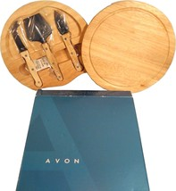 AVON CHEESE BOARD SET ENSEMBLE FOLDING CUTTING BOARD NEW IN BOX - $25.83 CAD