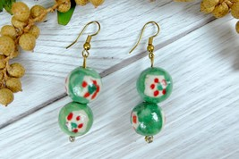 Green Vintage Ceramic Dangle Earrings, Christmas Color Earrings - $8.59