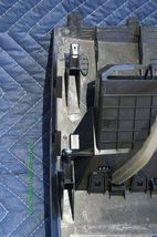 07-12 Nissan Versa Center Upper Dash Vent Bezel Trim Panel 68414EL00A image 7