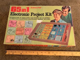 1972 SCIENCE FAIR 65 IN 1 ELECTRONIC PROJECT KIT TANDY CORP. CAT NO. 28-250 - $34.65