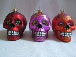 3   Sugar SKULLS Day of the Dead Glass Halloween Ornaments Red Purple Or... - $31.67