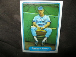GAYLORD PERRY AUTOGRAPHED 1982 FLEER BASEBALL TRADING CARD WITH COA-BRAV... - $29.69