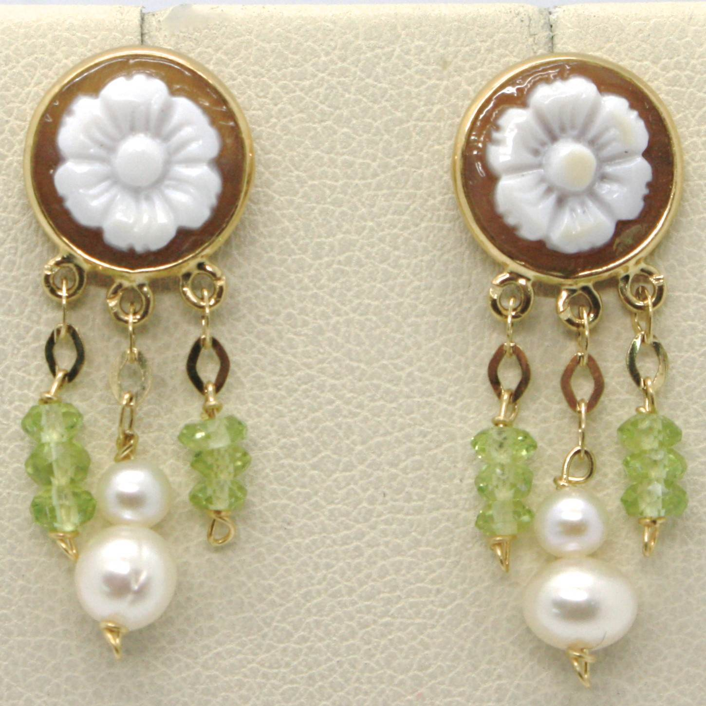 18K YELLOW GOLD EARRINGS, PERIDOT CIRCLE FLOWER CAMEO FINELY HANDMADE IN ITALY