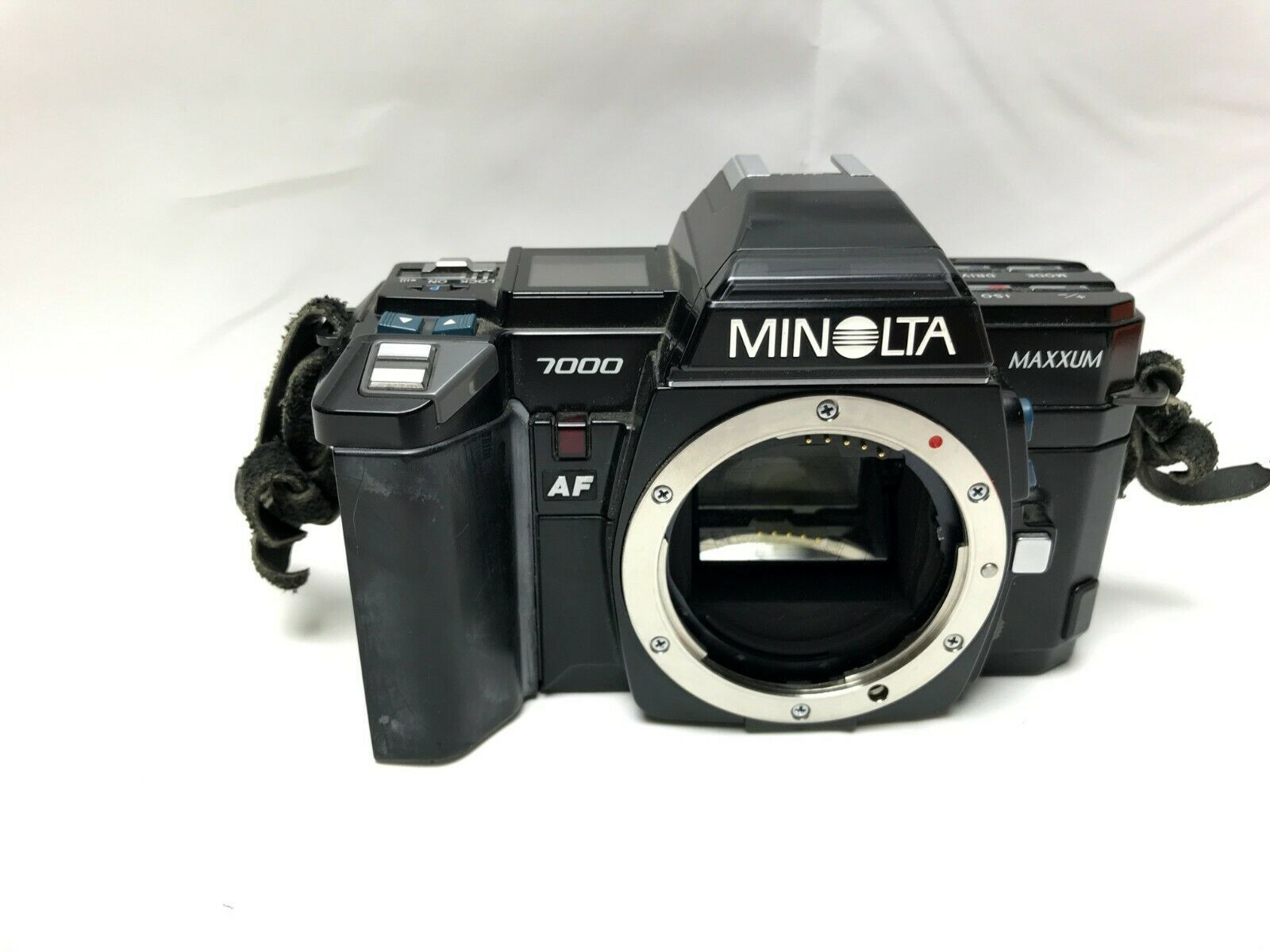 Minolta Maxxum 7000 35mm SLR Film Camera Body Only Black