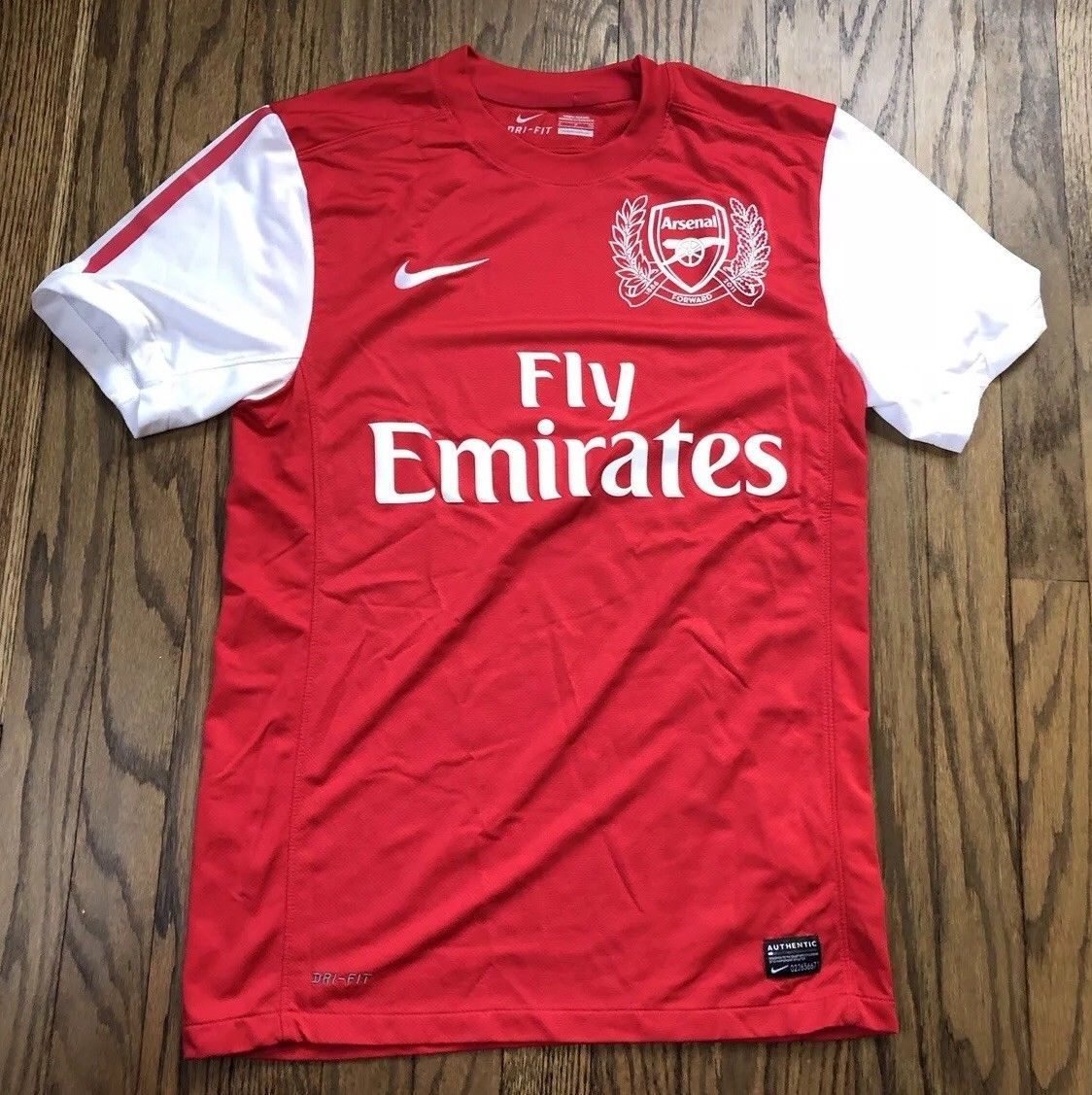 53155d824f2 S l1600. S l1600. Previous. NIke Dri Fit Arsenal Mens Short Sleeve Soccer  Futbol Jersey Size Small
