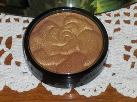 JOAN RIVERS BEAUTY All Over Face Powder Sun Kissed Shimmer .35 oz NEW - $15.99