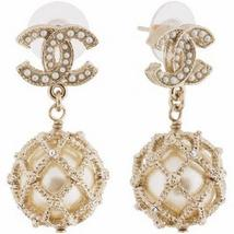 Authentic CHANEL 2019 CC Logo LARGE Pearl Drop Dangle Earrings Gold
