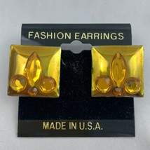 Vintage Plastic Citrine Tone Golden Fleur De Lis Square Earrings NOS 80s... - $14.80