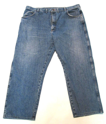 45df7999 Wrangler Men's Jeans 44 X 32 Medium Wash Rugged Wear Classic Fit #E1
