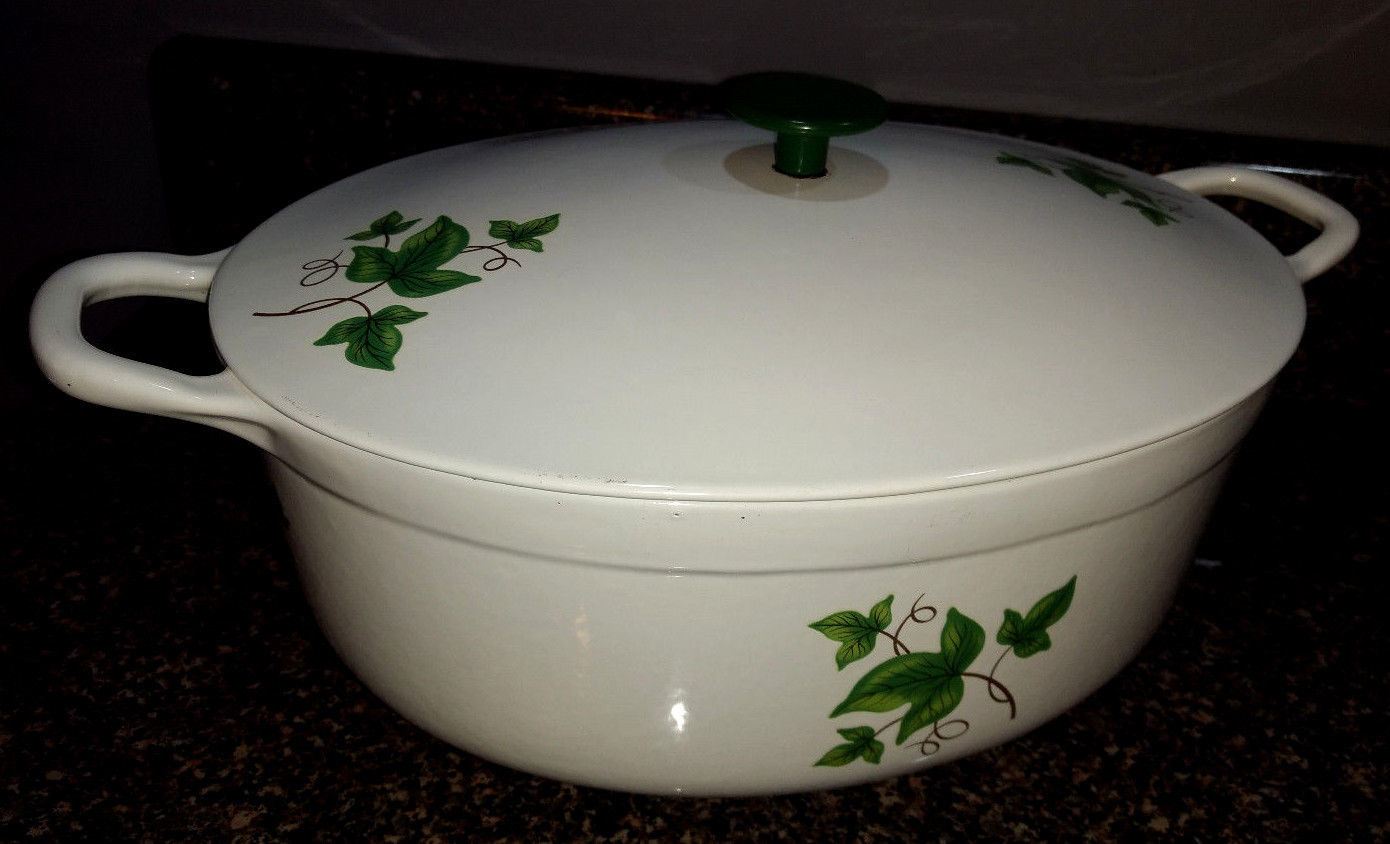PRIZER WARE ~ Vintage Green Ivy Enamel Cast Iron 2 Qt. COVERED CASSEROLE