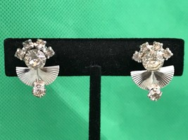 LG Silver Tone Rhinestones Vintage Clip On Screw Back Earrings Collectib... - $5.54