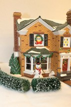 Dept 56 Snow Village - 2000 Holly Lane Gift Set - In Box #54977 - $39.95