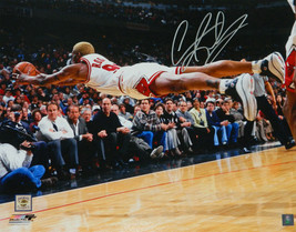 DENNIS RODMAN Signed Chicago Bulls Diving For Basketball 16x20 Photo - S... - £104.39 GBP