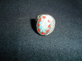 VINTAGE MEN'S TURQUOISE RING SIZE 9.5 FEW SMALL SCUFF ON TOP SILVER TONE - $596,38 MXN