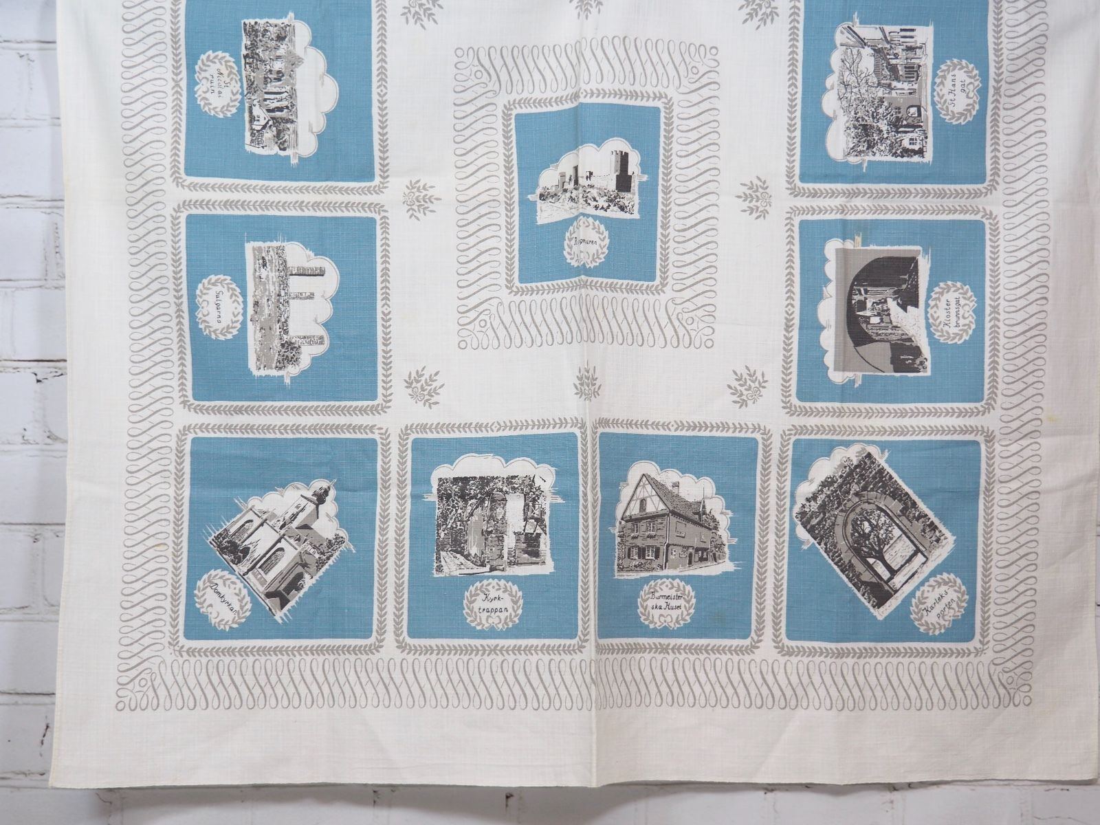 "VINTAGE SWEDISH BARKCLOTH COTTON TABLECLOTH 34"" SQUARE image 2"