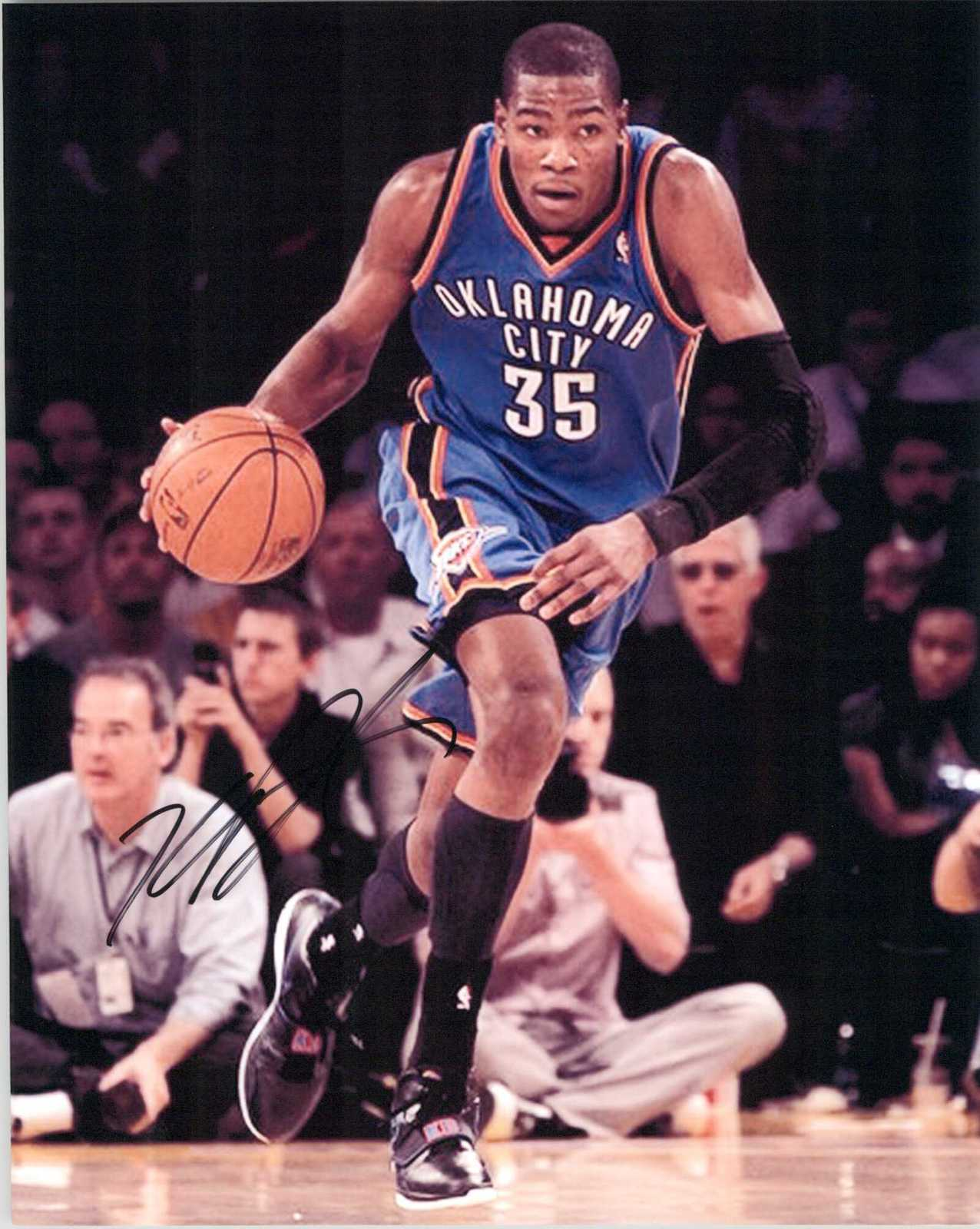 Primary image for Kevin Durant Signed Autographed Glossy 8x10 Photo - Oklahoma City Thunder