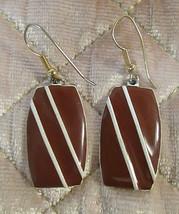 Vintage Mod Brown and White Oblong Dangle Earrings MCM Retro Bohemian Boho - £4.71 GBP