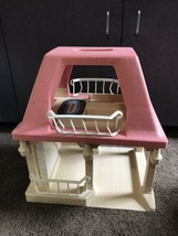 Vintage LITTLE TIKES Dollhouse with Pink Roof GRANDMA'S COTTAGE doll house Only image 1