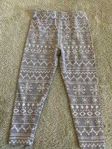 Dip Girls Gray White Snowflakes Holiday Pants 18-24 Months 2T - $3.50
