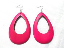FUSCHIA PINK COLOR STAINED WOOD DROPLET TEAR DROP SHAPE HOOP STYLE EARRINGS - $6.99