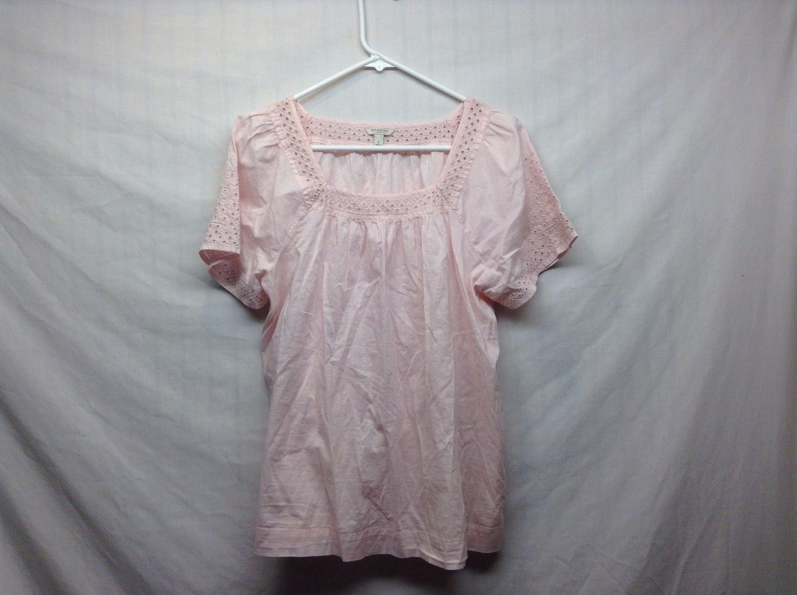 Sonoma Soft Pink Light Weight Circular Laced Scoop Neck Shirt Sz LG