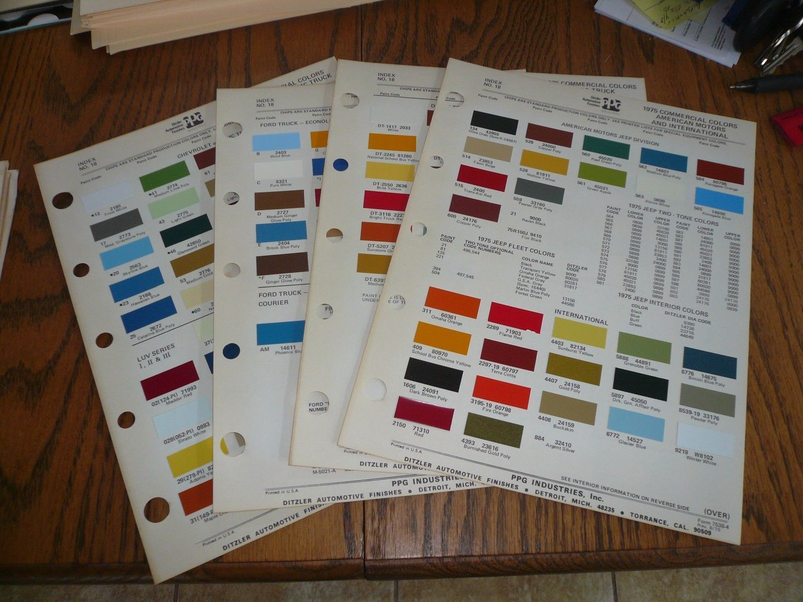1975 Ford Chevy Gmc Dodge Amc Jeep Internl And Similar Items 1964 Color Chips Commercial Ditzler Ppg Paint