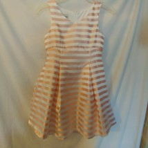 Pippa & Julie Size 10 Girls Peach & White Dress - $18.70