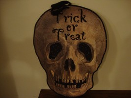 SALE / Spooky new large wood SKULL Trick or Treat hanger / nice fall decor - $20.56
