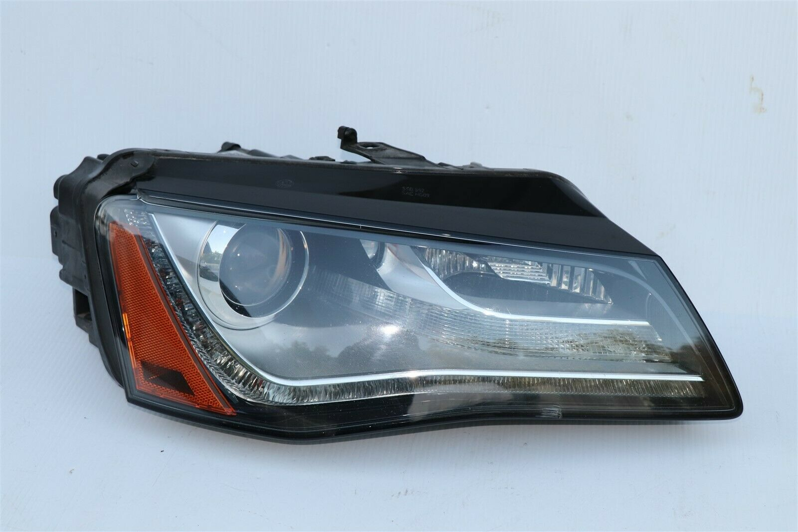 11-14 Audi A8 HID Xenon AFS Adaptive Headlight Pssngr Right RH