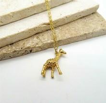 "J Crew Gold Tone Giraffe Pendant 26"" Long Chain Necklace KK12 - $18.69"